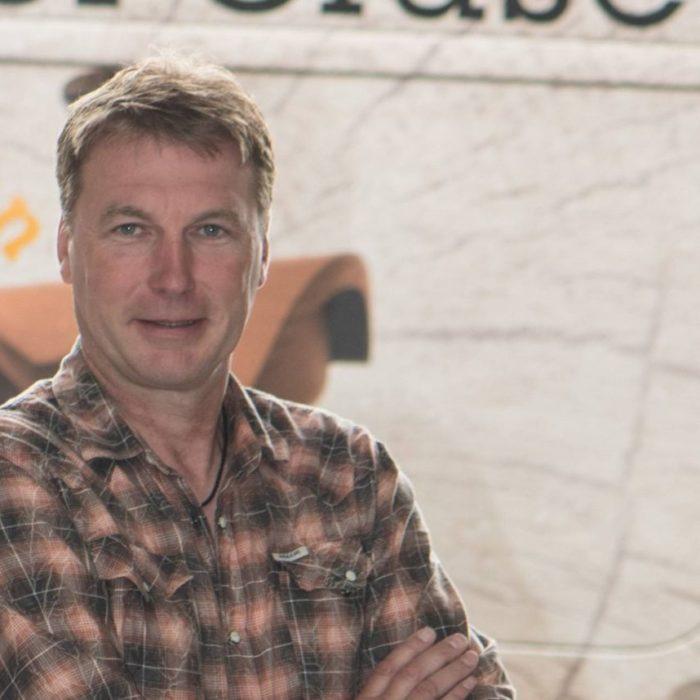 Thomas Cluse Geschäftsführer und Gründer der 3D CNC Tischlerei Cluse